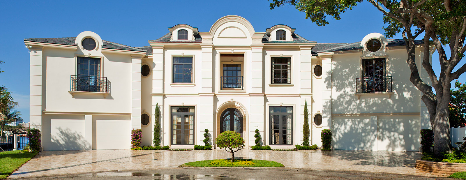 Luxury french chateau for French chateau style